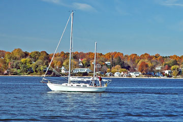 Autumn sailing on Chesapeake Bay