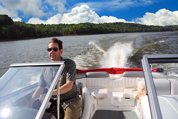 speedboat on a Kentucky lake