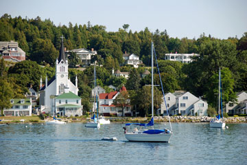 boats in Mackinac Island harbor