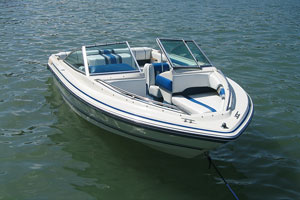ski boat on a Texas lake